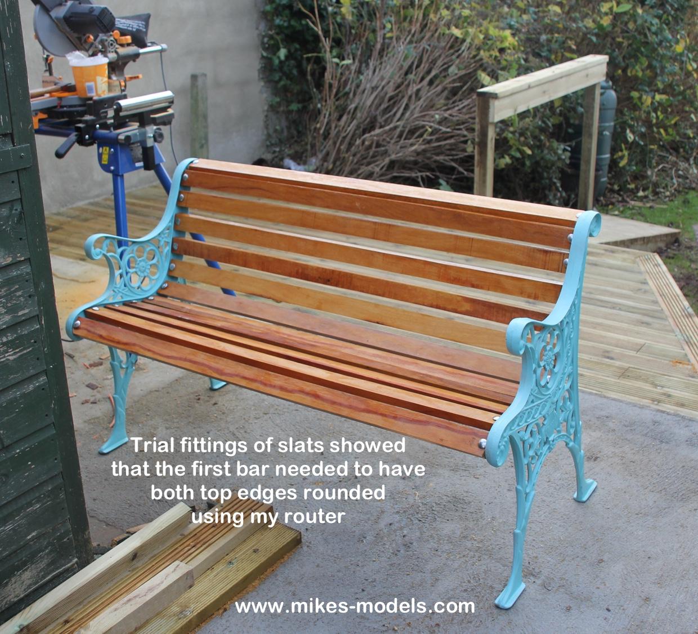 Superieur Refurbishment Of Cast Iron Garden Bench