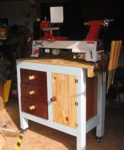 Axminster woodwork lathe bench